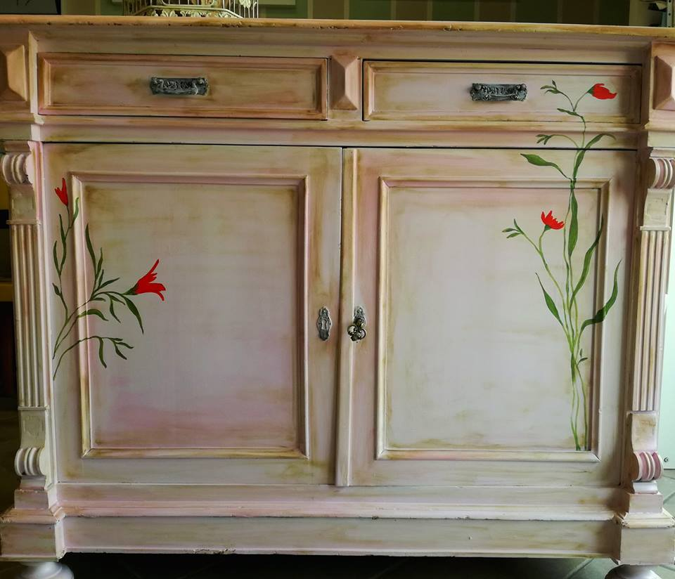 restyling credenza